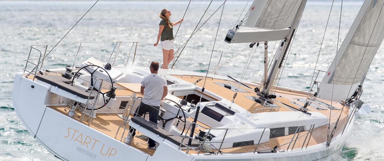 Caribbean Bareboat Sailing Charters   Barefoot Yacht Charters